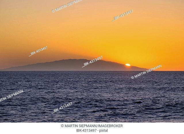 Sunset on island of El Hierro, seen from Valle Gran Rey, La Gomera, Canary Islands, Spain