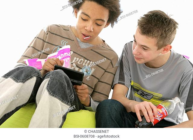 ADOLESCENT SNACKING Models