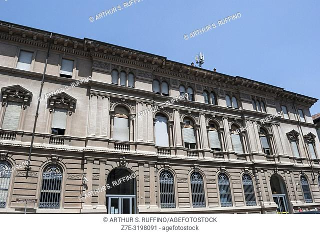 Post Office (Palazzo delle Poste), Pavia, Lombardy, Italy, Europe