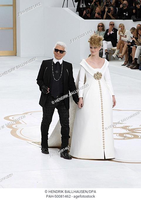 e6903750046224 German designer Karl Lagerfeld presents the Chanel fall winter 2014 2015  collection during the