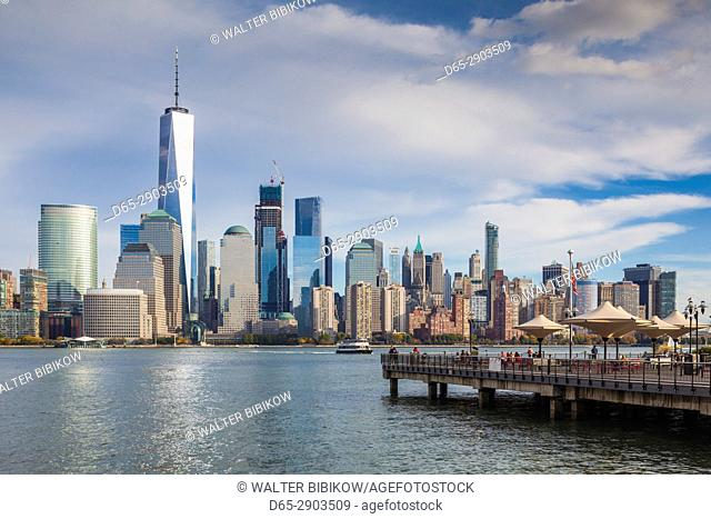 USA, New Jersey, Jersey City, Lower Manhattan from Jersey City