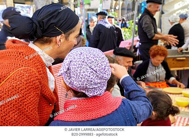 Regional costumes, Feria de Santo Tomás, The feast of St. Thomas takes place on December 21. During this day San Sebastián is transformed into a rural market