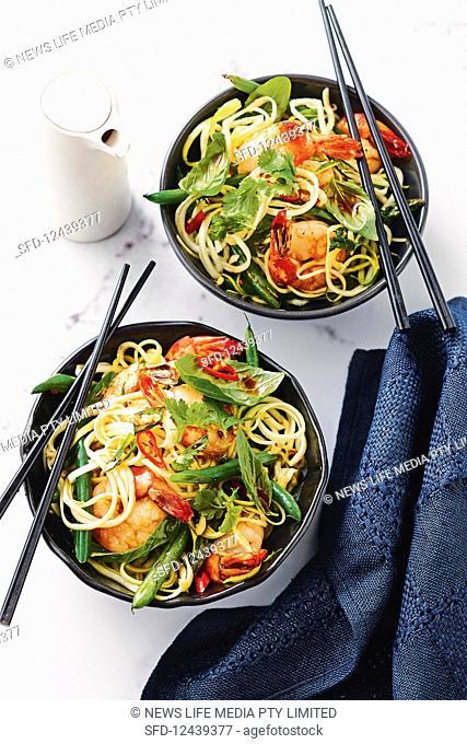 Chilli prawns with Zoodle stir-fry