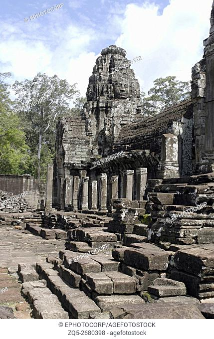 Cambodia, Angkor Thom, late 12th century A. D. Inner gallery. General view with one of the shrine at the rear