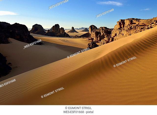 Algeria, Sahara Desert, Tassili N'Ajjer National Park, Timghas, View over Timras