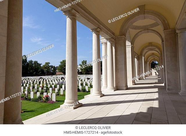 France, Pas de Calais, Arras, Military Cemetery of the Faubourg d'Amiens, graves of 2651 British and Commonwealth soldiers falled here the First World War