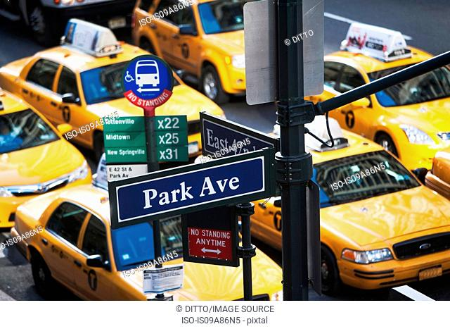 Yellow taxis during rush hour 42nd Street, New York, USA