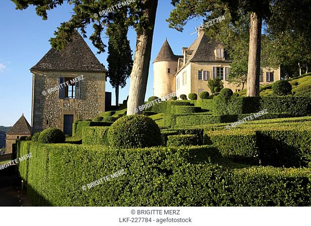 Les Jardins de Marqueyssac, near Beynac, The wy of St. James, Road to Santiago, Chemins de Saint-Jacques, Via Lemovicensis, Beynac, Dept
