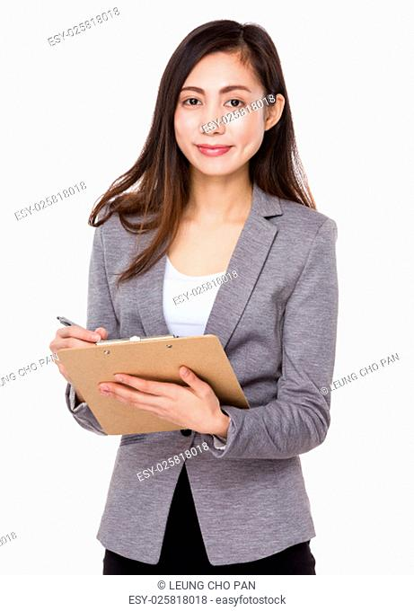 Businesswoman use of the clipboard