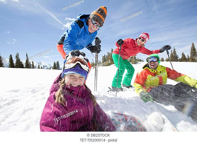USA, Colorado, Telluride, Three-generation family with girl 10-11 during ski holiday