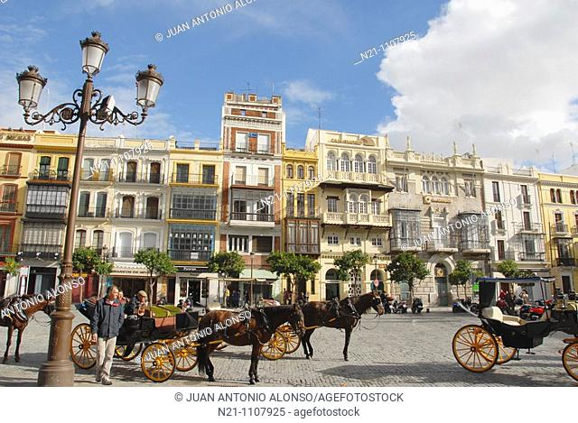 Plaza San Francisco. It was already the heart of the city in the 16th century. It was the square where the executions ordered by the Inquisition used to take...