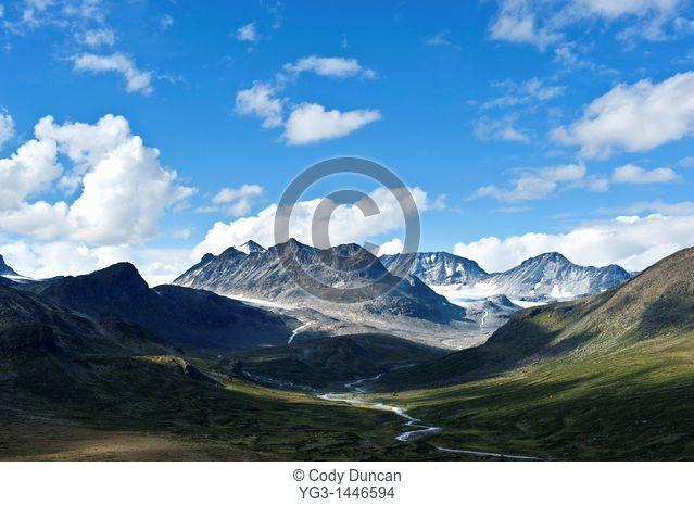 Memurudalen and mountains of Jotunheimen national park, Norway
