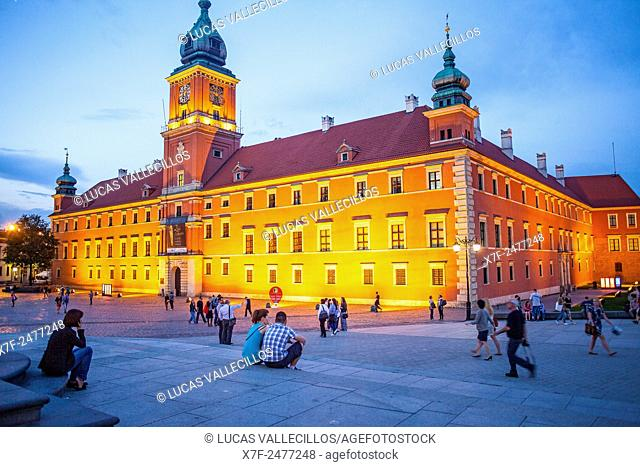 Plac Zamkowy square and The Royal Castle, Warsaw, Poland