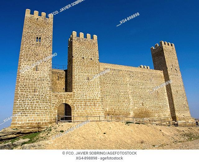 Medieval castle, Sadaba. Cinco Villas, Zaragoza province, Aragon, Spain
