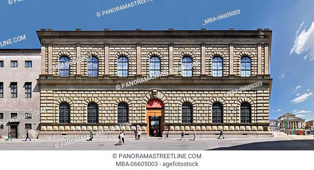 Munich, Bavaria. The west wing of the Residenz, the city palace of Munich, here the Königsbau and in the background the national theatre in linear visualisation...