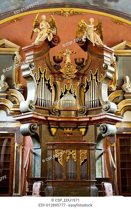 Old Organ Music