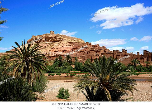 Ksar, an old Berber adobe-brick village or kasbah, famous film set, UNESCO world heritage site at the foot of the Atlas Mountains, Ait-Ben-Haddou, Morocco