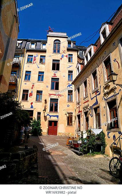 Impressions in Dresden Newtown