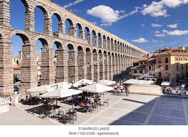 Roman Aqueduct, UNESCO World Heritage Site, Segovia, Castillia y Leon, Spain, Europe