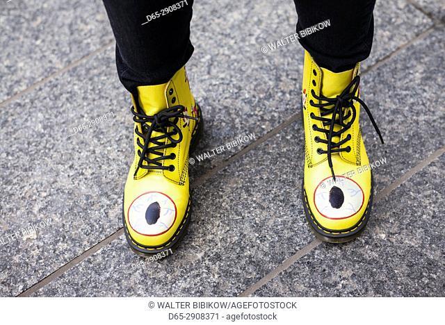 Canada, Ontario, Toronto, Bloor Street, yellow boots