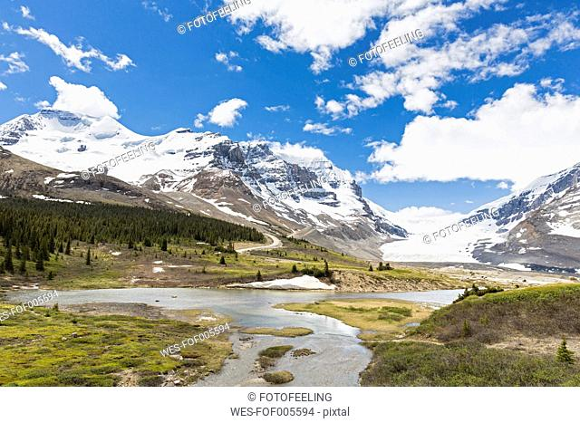 Canada, Alberta, Rocky Mountains, Jasper National Park, Athabasca Glacier, Athabasca River, meltwater from Athabasca Glacier