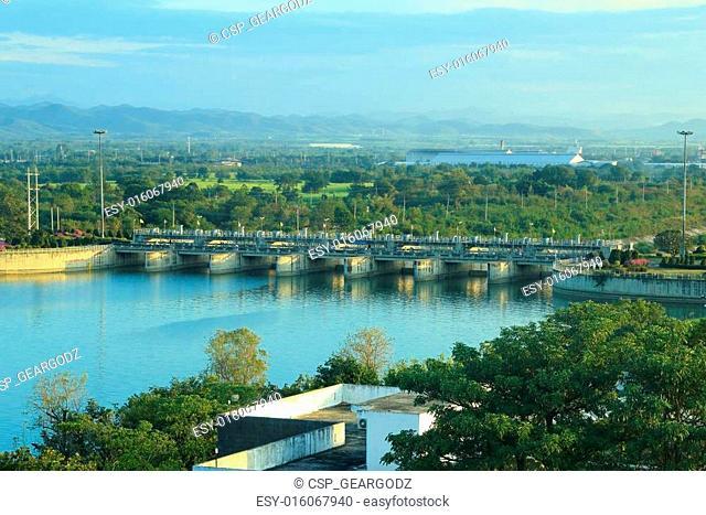 Pa Sak Jolasid Dam