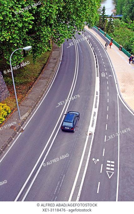 Carretera de circunvalación (ring road), Pamplona, Navarra, Spain