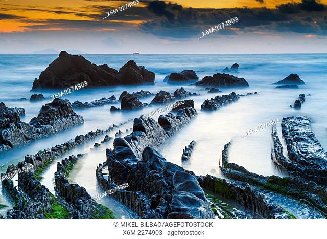 Rocky beach. Barrika, Biscay, Basque Country, Spain, Europe
