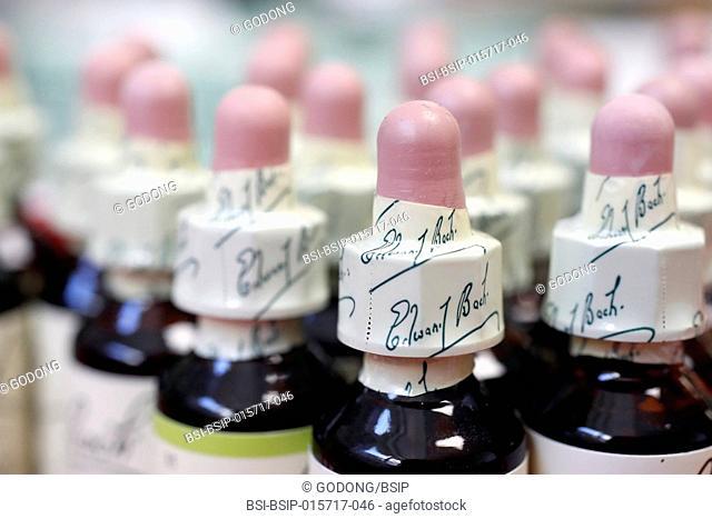 Pharmacy. Bach : original flower essences. France