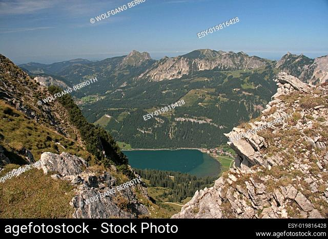 Blick auf Haldensee von der Krinnenspitze - Tirol - Österreich