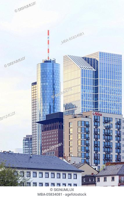 Europe, Germany, Hessia, Frankfurt, financial district, skyline with the high rises the Main Tower, Taunus tower, Japan Tower and flatlet hotel of Adina