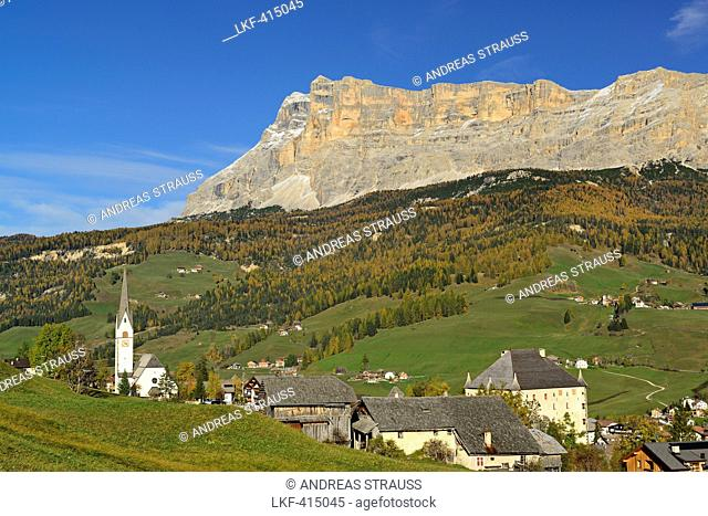 La Villa, Stern in front of Heiligkreuzkofel, valley Val Badia, Dolomites, UNESCO World Heritage Site Dolomites, South Tyrol, Italy