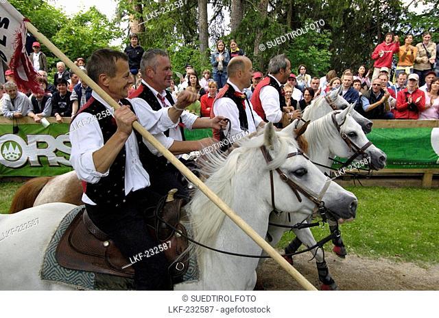 Ring Jousting, Tournament, Oswald von Wolkenstein Ritt, Event 2005, Kastelruth, South Tyrol, Italy