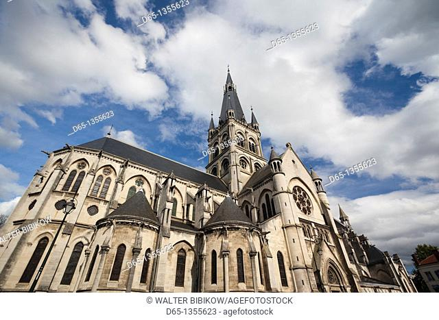 France, Marne, Champagne Region, Epernay, Notre Dame church