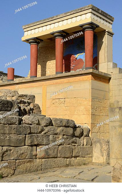 Europe, Greece, Greek, Crete, Mediterranean, island, Heraklion, Iraklio, Knossos, Palace, Archaeological site, columns