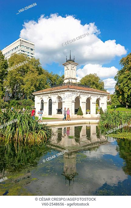 -Kengsinton Garden Area- London (United Kingdom)