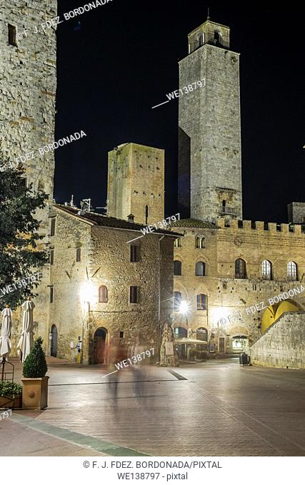 Piazza del Duomo, SanGimignano, Medieval Village, Tuscany, Italy