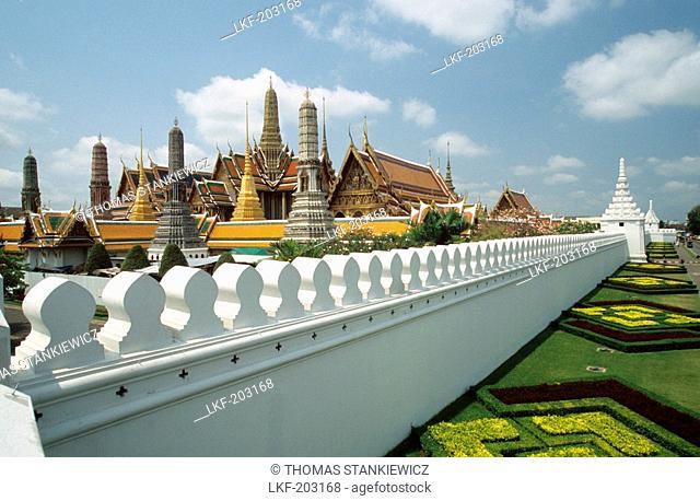 Wat Phra Keo Temple, Temple of the Emerald Buddha, Bangkok, Thailand