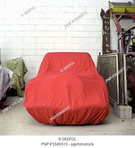 Veteran car with red cover