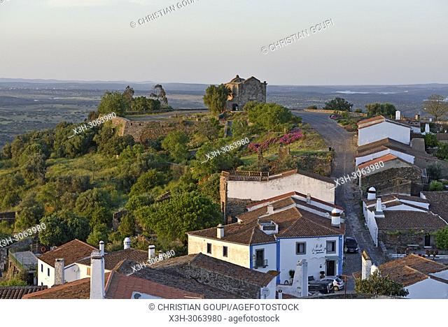 part of the perched village of Monsaraz outside the walled city, Municipality of Reguengos de Monsaraz, Alentejo region, Portugal, southwertern Europe