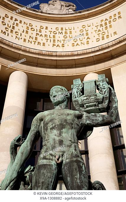 Statue in front of Chailot Palace in Trocadero, Paris