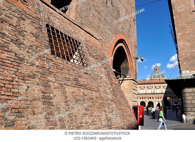 Bologna (Italy): the corner of via D'Azeglio with piazza Maggiore; Palazzo D'Accursio on the left