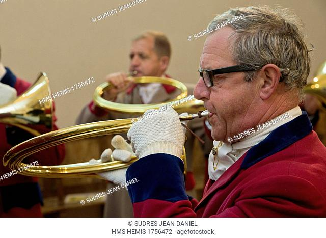 France, Loir et Cher, Sologne, Bauzy, Mass of Saint Hubert before riding to hound, Foret des Loges Hunt, trumpeters