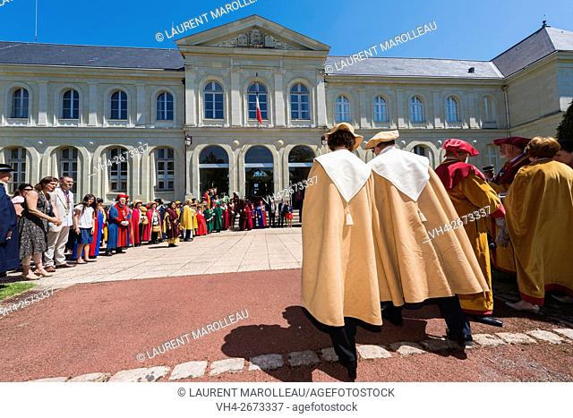 Procession during the 50th Big Chapter of the Confrerie des Hume-Piot du Loudunois (Represent and Protect AOC Wine of Saumur North Vienne and Cake the Renaudot...