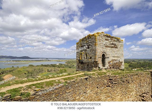 castillo de Mourão, siglo XIV, Mourão, Distrito de Évora, Alentejo, Portugal