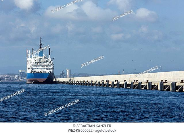 Spain, Andalusia, Algeciras, Oil tanker at pier