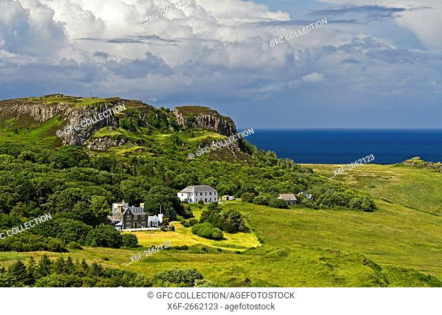 Landscape on theTrotternish peninsula near the Flodigarry Hotel, Isle of Skye, Scotland, Great Britain