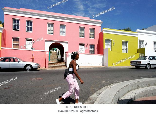 cape town, Bo Kaap, colorful facades in area of cape muslims, black girl