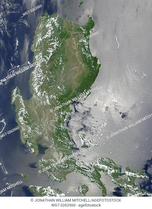 PHILIPPINES Luzon -- 28 May 2001 -- This true-color image of the northern Philippines shows the island of Luzon and the Cagayan River running in the plains...