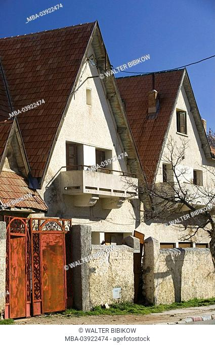 Morocco, Ifrane, row of houses, detail, Africa, North-Africa, city, university-city buildings architecture houses residences wall, gate, tree bald, outside